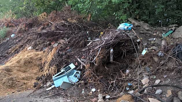 Skládka bioodpadu v Hrušovanech nad Jevišovkou budí vášně.