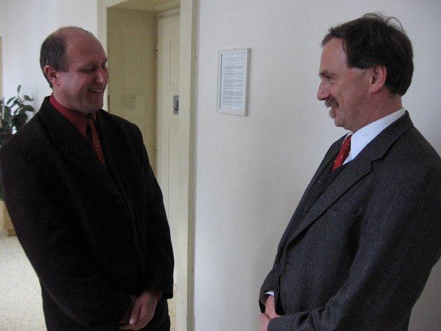 Starosta Jaroslavic Petr Zálešák a Sigurd Markus Hochfellner (vpravo)