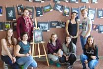 Projekt Pomáháme uměním spustili aktuálně studenti oboru sociální činnost ze střední školy v Přímětické ulici ve Znojmě.