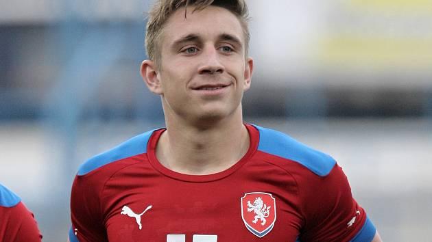 Fotbalista Jakub Šural.