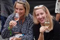 Namísto zrušeného Znojemského historického vinobraní dostanou návštěvníci náhradní program. Uvidí rytíře i ochutnají víno u vinařů.