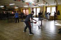 Nultého ročníku turnaje ve stolním tenise se v Lančově během předposlední únorové soboty zúčastnilo čtrnáct borců.