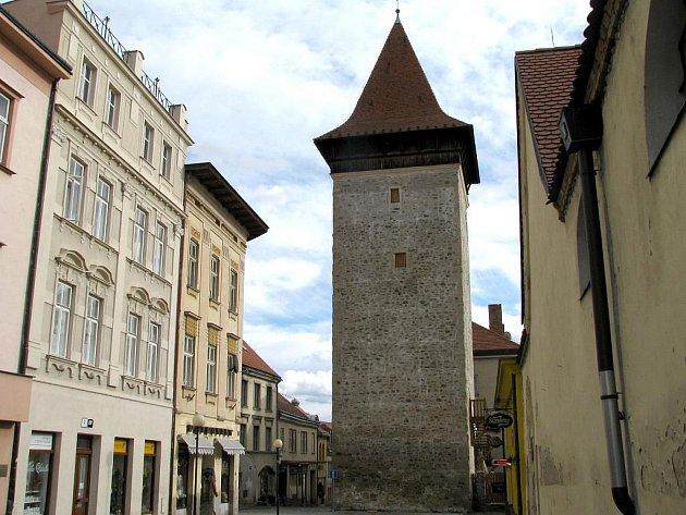 Vlkova věž na Kollárově ulici ve Znojmě.