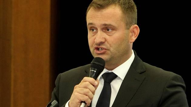 Staronovým starostou zvolili znojemští zastupitelé Jana Groise (ČSSD).