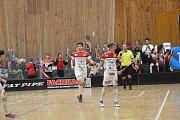 Florbalová série play-down se za stavu 1:1 přesouvá do Brna.