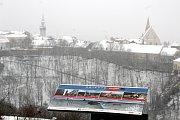 Trocha sněhu přikryla 16.ledna také Znojmo. Odpoledne byla teplota již nad nulou a drobně pršelo.