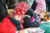 Krumlovské náměstí ožilo v sobotu tradiční adventní akcí Pohádkové Vánoce, které nabídly řadu tanečních a hudebních vystoupení.