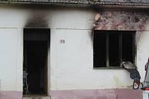 Tragický požár rodinného domu v Oleksovicích, při kterém zahynuly tři malé děti.