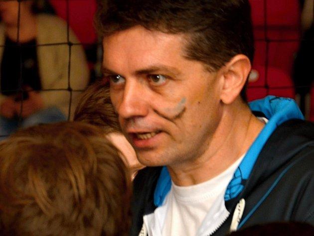 Trenér Volejbalového klubu Znojmo-Přímětice Mario Zelený.