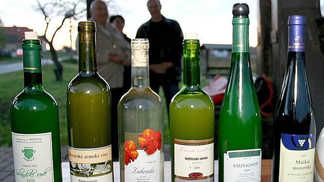 Cech vinařů Nový Šaldorf – Sedlešovice připravil křest mladých vín.