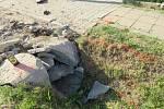 Příliš vysoká rychlost stála nejspíše za smrtelnou havárií motocyklisty, která se stala v sobotu odpoledne ve Vémyslicích na Znojemsku. Motorkář podle policie krátce před havárií předjížděl.