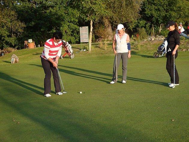 Nejlepšími hráči těšetického golfového klubu se stali Jiří Šrámek ml. a Hana Bobková