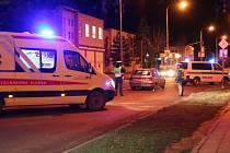 Auto na Pražské srazilo dvě mladé dívky