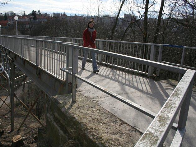Most u znojemské nemocnice