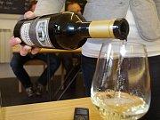 Degustovat vína mohou lidé i přímo ve vinici Šobes.