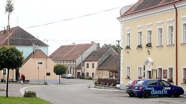 Příhraniční obec Vratěnín.