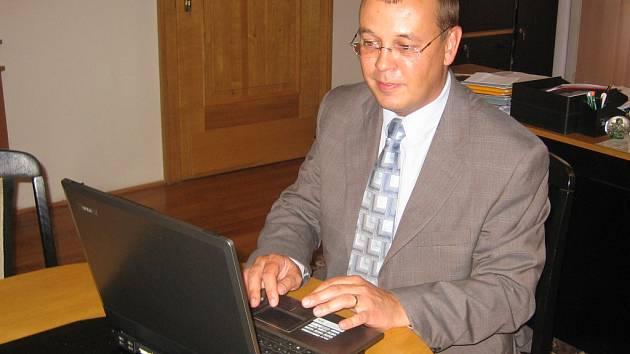 Petr Nezveda