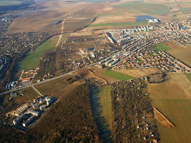 Druhá etapa stavby obchvatu Znojma by měla pokračovat příští rok. Ilustrační foto.