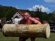 Pod paprsky spalujícího slunce se konal devátý ročník Strongmana vranovské pláže.