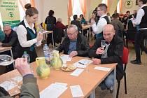 Degustační komise vybraly nejlepší vzorky Znojemského koštu.