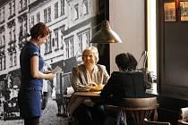 Od posledního zářijového pondělí je znovu otevřená kdysi legendární kavárna Corso ve Znojmě.