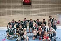 Hodoničtí florbalisté (zelení) přivítají ve čtvrtém kole Poháru Českého florbalu celek Všestar.