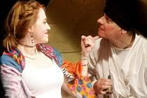 Desáté výročí historicky první premiéry oslavilo Dobšické národní divadlo také hrou A co svatba dědečku Mrazíčku v režii Martiny Výhodové.