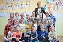 Žáci 1.A třídy Základní a mateřské školy v Tasovicích s paní učitelkou Martinou Trmalovou.