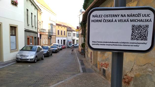 Horní Česká získá nové chodníky i povrch silnice. Už letos