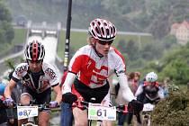 Čtyřiatřicet závodníků se objevilo na velkém okruhu závodu horských kol Velké ceny města Znojma. Jeli zde kategorie od kadetů až po veterány.