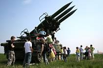 Vojenské cvičení Létající nosorožec v Jevišovicích.