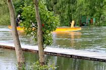 Rozvodněná řeka Dyje pod Znojmem. Ilustrační foto.