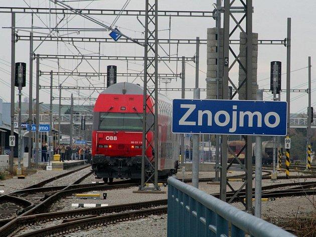 12. listopadu 2009 přijel do Znojma historicky první elektrický vlak.