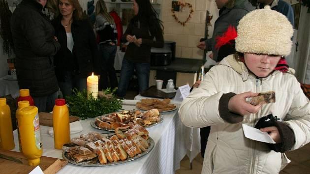 Netradiční vánoční prohlídka na hradě Bítov s ochutnávkou v hradní kuchyni.