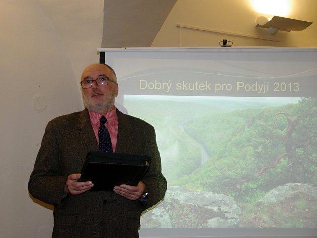 Vedení Správy Národního parku Podyjí předalo ceny v soutěži Dobrý skutek pro Podyjí.