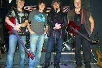Čtveřici muzikantů hrající pod společným jménem Kraken tvoří Čestmír Brázda, Petr Salát, Robin Trilec a Jaroslav Sklenář (zleva doprava).