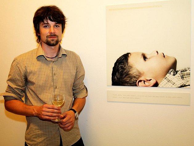 Jakub Skokan vystavuje v galerii Žlutá ponorka