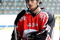 Hokejový útočník Adam Havlík.