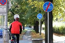 Cyklostezka v Pražské.