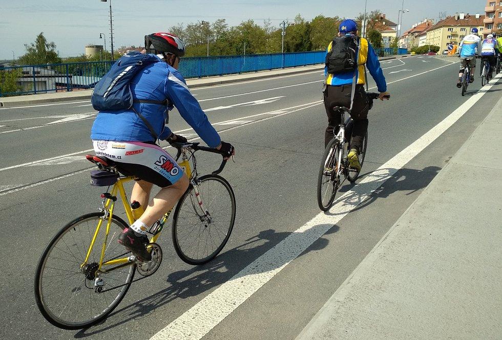 Cyklisté ve Znojmě. Ilustrační foto.