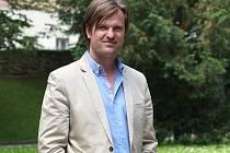Dosavadní prezident fotbalového klubu 1. SC Znojmo Ota Kohoutek se nově přesune do role čestného prezidenta.