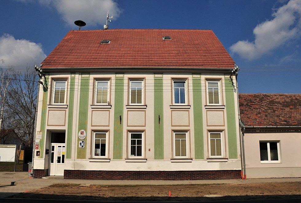 Budova obecního úřadu Hevlín