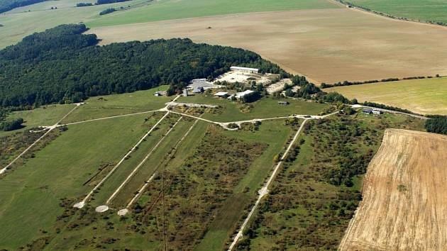 Letecký snímek bývalé vojenské střelnice u Mašovic