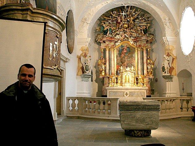 Kostel ve Vranově.