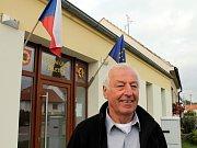 Od roku 2002 vede obec Vémyslice devětačtyřicetiletý Milan Doubek.