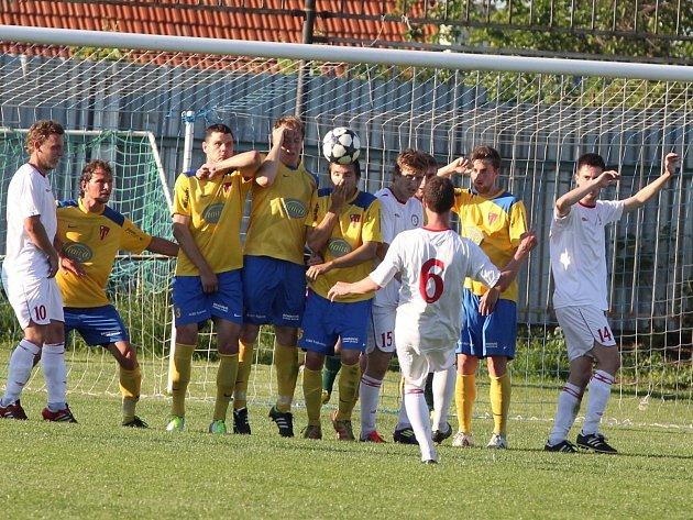 Tasovice remizovaly v úterní dohrávce s vedoucí Třebíčí 2:2.
