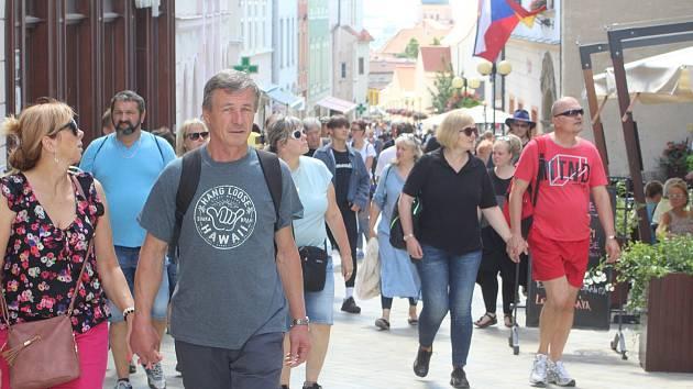 Turisté na jihu Moravy.