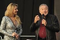 Karla Gotta pozvalo vedení společnosti Excalibur City na slavnostní otevření muzea juke boxů Terra Technica v září roku 2017. Slavnost moderovala Blanka Kašparová.