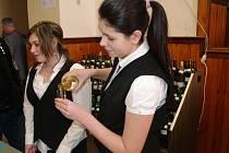 První z velkých jarních koštů připravil na první březnovou sobotu vinaři v Miroslavi.
