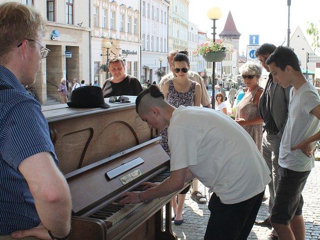 Piano ve Znojmě. Ilustrační foto.